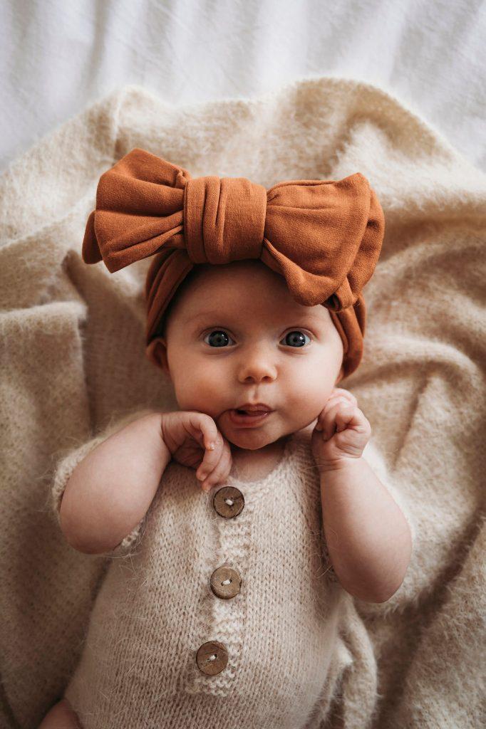 family photography tips framed photos New Zealand frames framefox newborn photographer